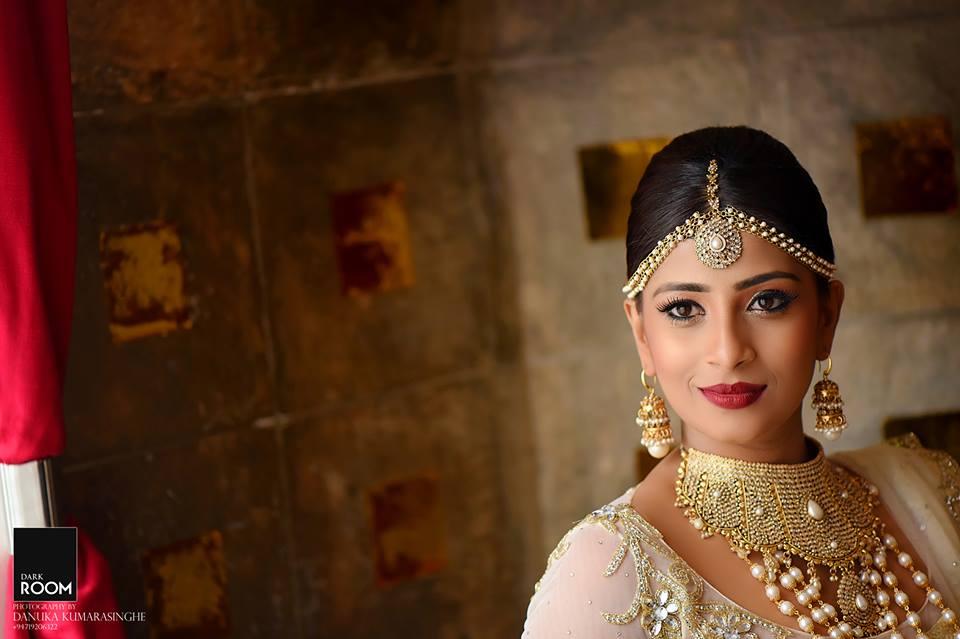 Nadeesha Hemamali And A Former Sri Lankan A Team Cricketer Bathisha De Silva Got Married