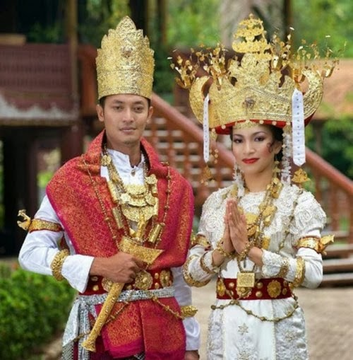 Tomi Journey Pakaian Adat Dan Perhiasan Pengantin Lampung Pepadun