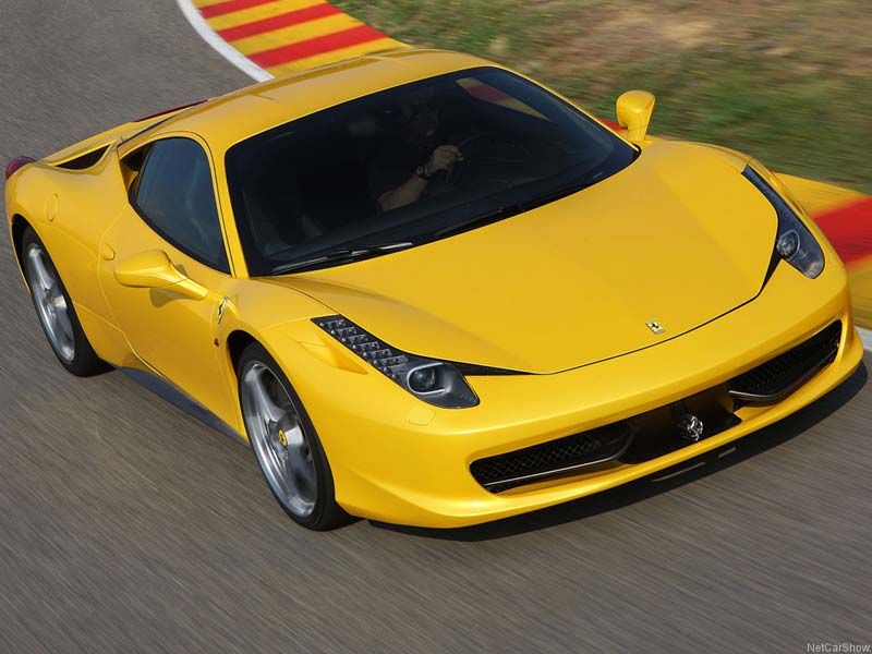 2011 ferrari 458 italia yellow for Case logic italia