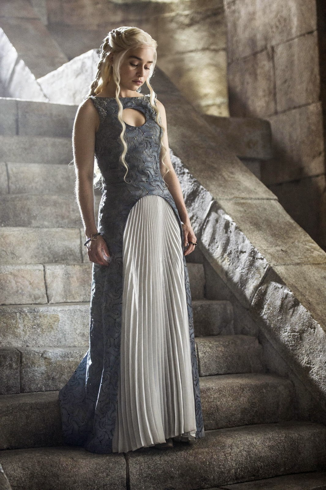 game-of-thrones_season4-tvspoileralert-daenerys