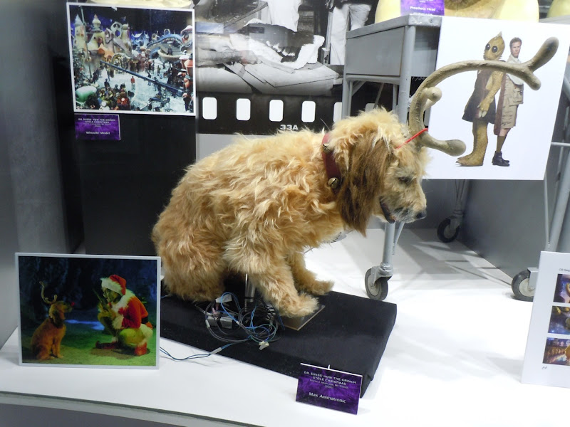 Hollywood Movie Costumes and Props: Max animatronic dog ...