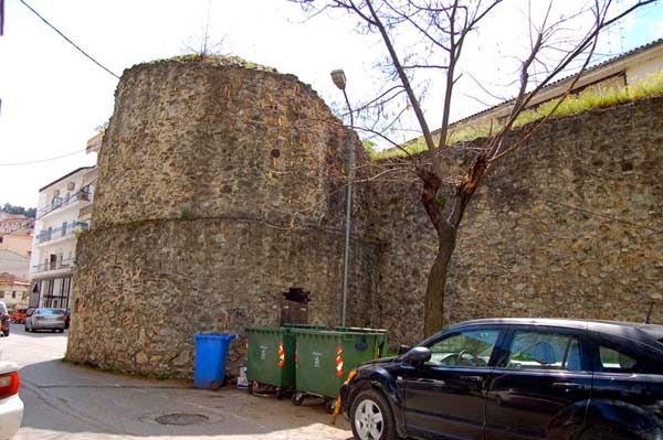 """Σουλτάνα Ζορπίδου: """"Έτσι προβάλουμε τα μνημεία της πόλης μας σήμερα!"""" (φωτογραφίες)"""