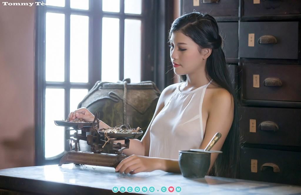 Image Nhung-Nguyen-by-Dang-Thanh-Tung-Tommy-Teo-MrCong.com-001 in post Nóng cả người với bộ ảnh thiếu nữ thả rông ngực mặc áo yếm mỏng tang (19 ảnh)