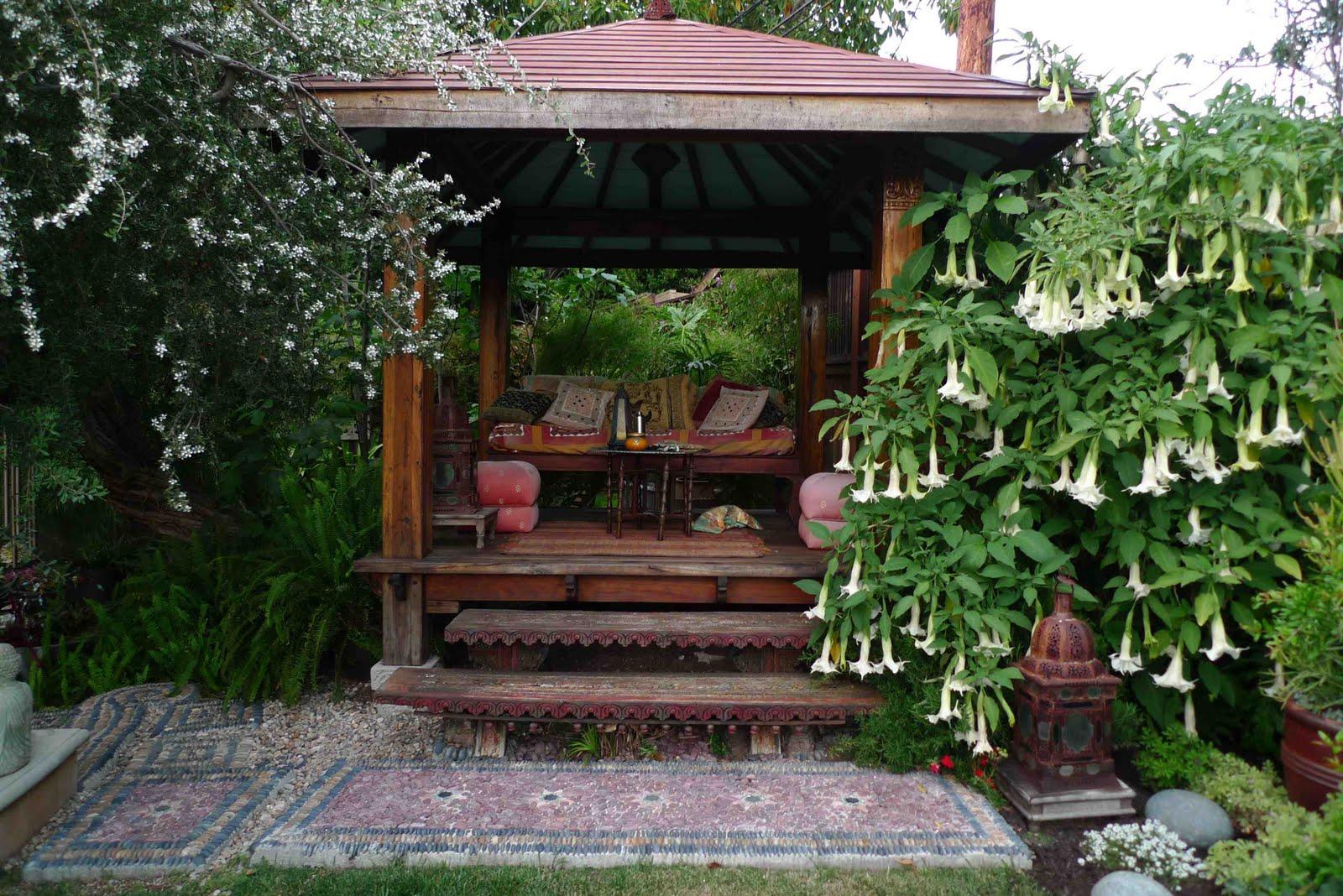 Jeffrey Baleu0027s World Of Gardens: The Sunken Garden, Los Angeles