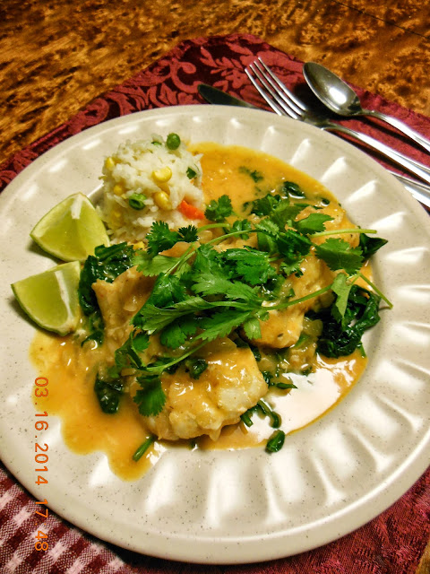 Poached Fish in Thai Coconut Curry Sauce