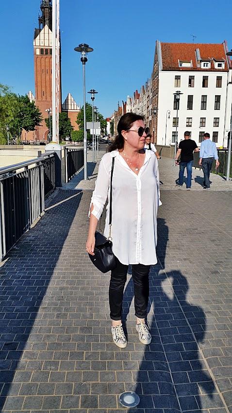 Biała, długa koszula/  white,long shirt...
