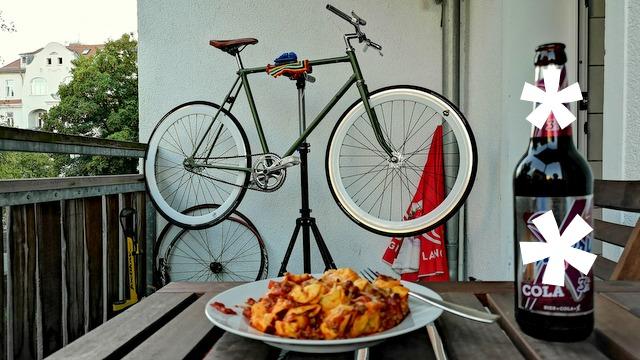 Fixie montieren und Nudeln essen
