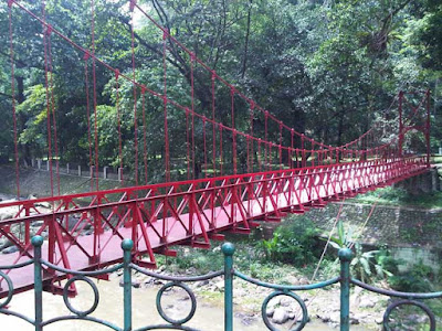 Jembatan Merah
