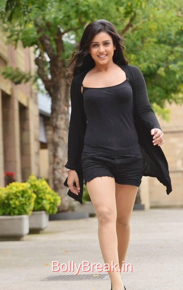 Mishti-Chakraborty-Stills-From-Chinnadana-Nee-Kosam-Movie-31, Hot HD Images Of Mishti Chakraborty in Black Dress