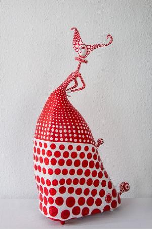Kusama II por Gustavo Ramírez Cruz | imagenes de obras de arte contemporaneo bonitas, esculturas chidas, cosas lindas, papel mache muñecas, cool stuff, art pictures