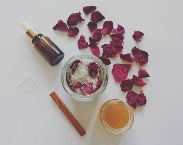 O tworzeniu kosmetyków w domu