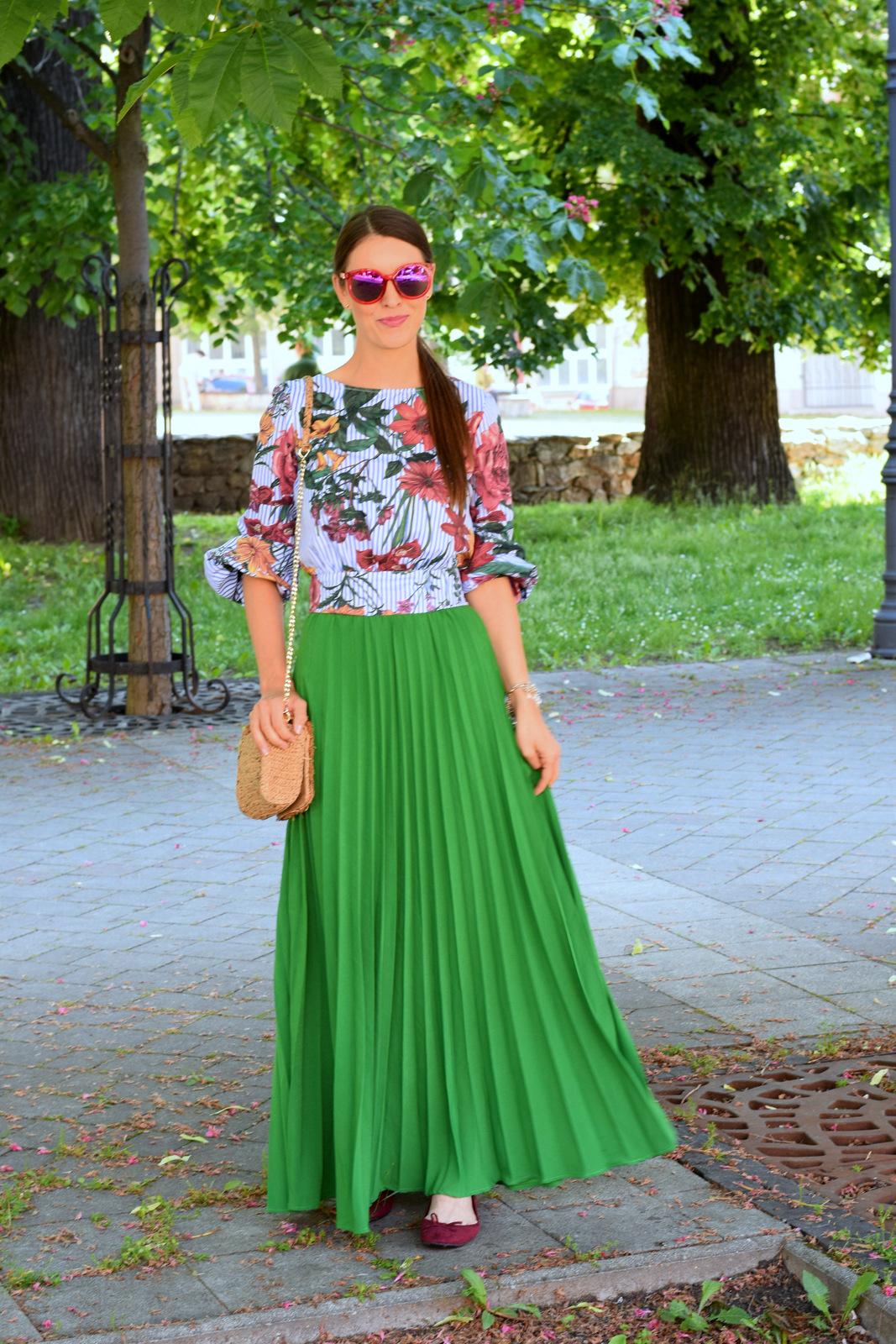 07f9527d9b Mademoiselle IVA by Ivana Klepáčová  zelená maxi sukňa s kvetovanou ...