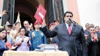 """La Asamblea Nacional aprobó un acuerdo para restablecer el """"orden constitucional"""", luego de la suspensión de la recolección de firmas que busca activar el referendo revocatorio contra el jefe de Estado"""
