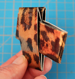 DIY-Basteltipp für ein Etui aus Papier von Ars Vera