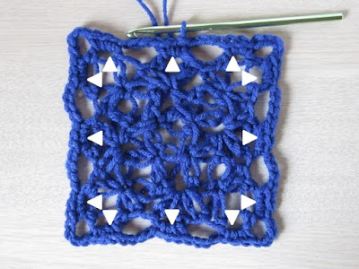 crochet, love knot, Grannies in a Love Triangle