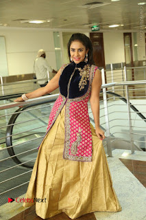 Telugu Actress Sri Reddy Mallidi Stills in White Beautiful Dress at Marriage Needs Bridal Fashion Week 2017 Logo Launch  0186.JPG