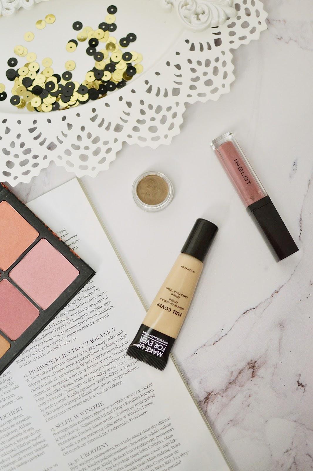 kosmetyczka-na-wyjazdy