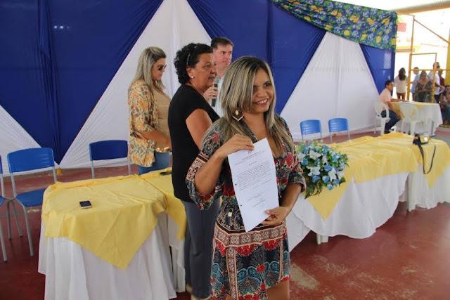 Prefeitura de Delmiro Gouveia  empossa aprovados em concurso público