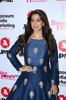 Bollywood Actress Juhi Chawla Launchs Better Homes 10th Anniversary Celetion Cover  0002.JPG