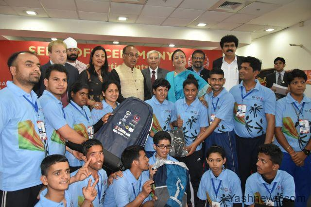 Union Minister for Youth Affairs and Sports Shri Vijay Goel at the send ...