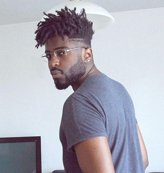 Corte de cabelo masculino crespo