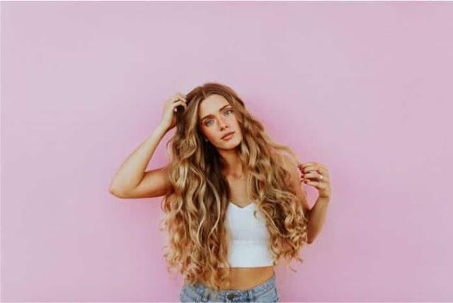 5 aceites esenciales para el cuidado del cabello