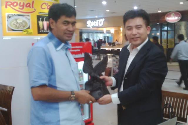 Bertemu Muzakir Manaf, Investor Tiongkok Ingin Ambil Timah dari Aceh