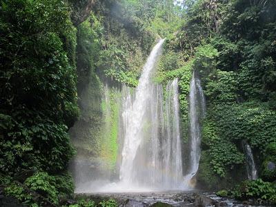 Ada Air Terjun Terbang di Lombok