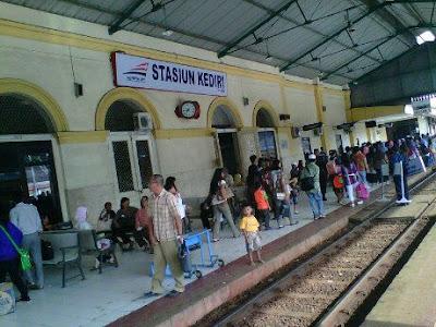 Daftar Jadwal Kereta di Stasiun Kediri