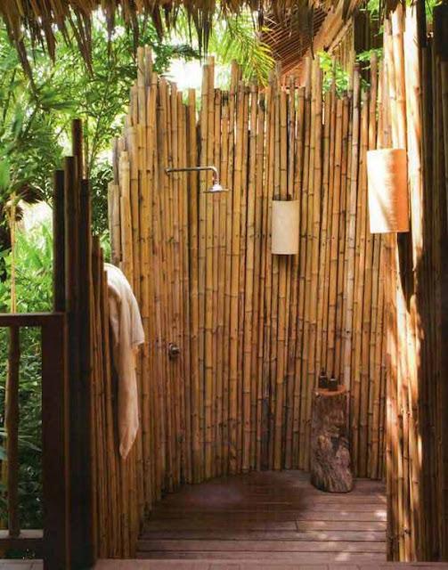 Sekat kamar mandi dari bambu
