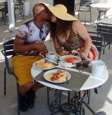 monalisa chinda honeymoon santorini greece