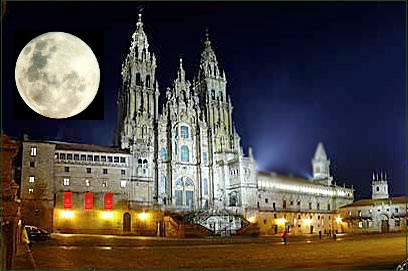 POEMAS SIDERALES ( Sol, Luna, Estrellas, Tierra, Naturaleza, Galaxias...) - Página 21 Luna+llena+santiago+catedral