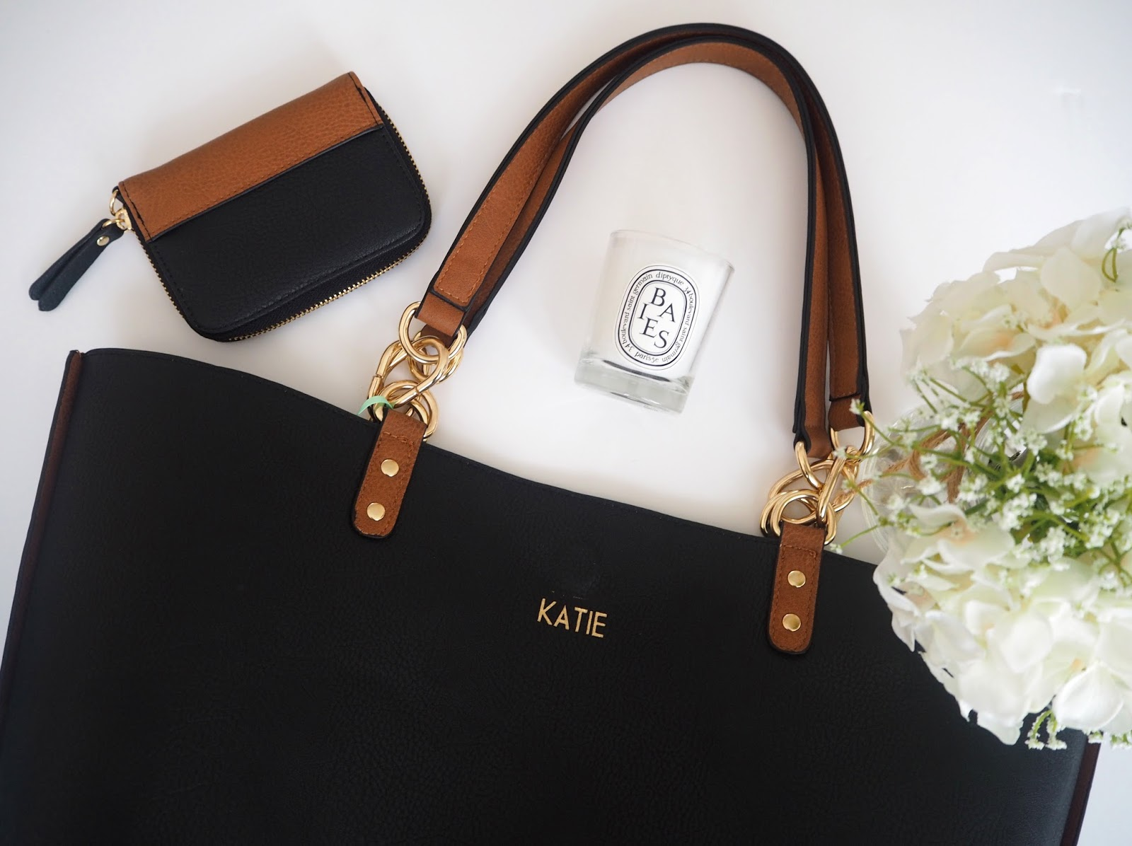 Oasis Love Letters Monogrammed Bags, Katie Kirk Loves, Personalised Bag, UK Blogger, UK Fashion Blogger, Monogramming, Oasis Fashion, Christmas Gift Idea