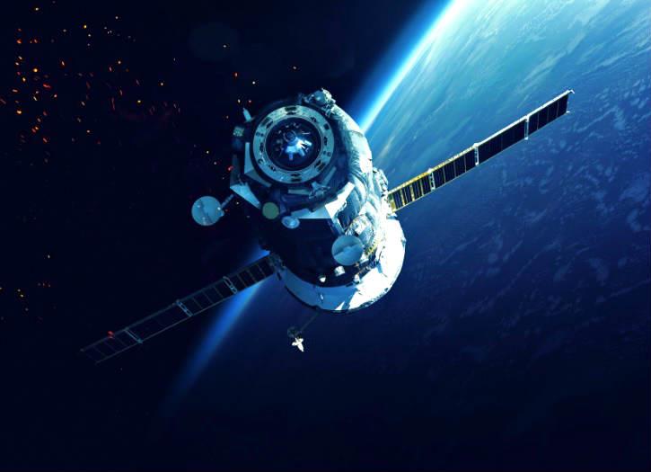 Dünyanın yörüngesinde çok sayıda ömrünü tamamlamış uydu aracı bulunmaktadır.