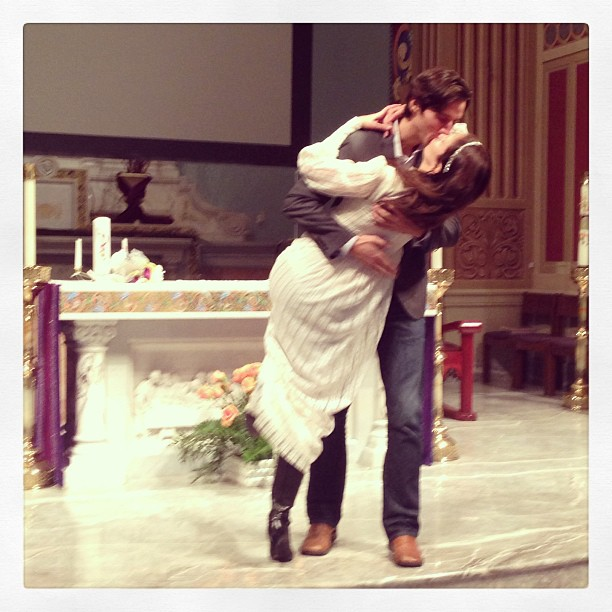 a lovely idea: wear your mother's wedding gown for your rehearsal!