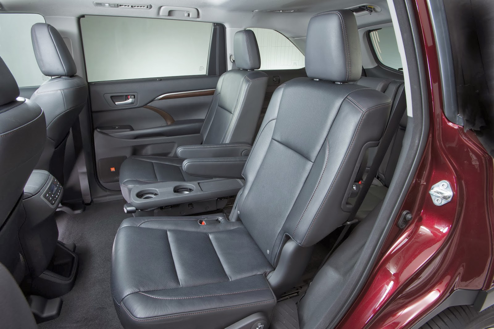 Toyota Highlander Captains Chairs 2015 Suvs With 2nd Row Captains Chairs Html Autos Post