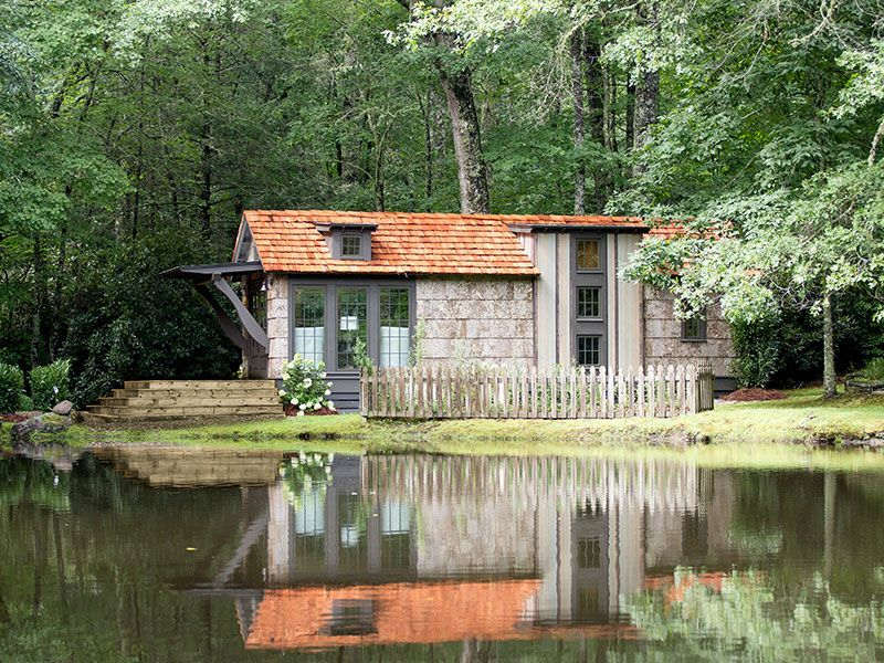 Tiny house town the low country 464 sq ft for Low country house
