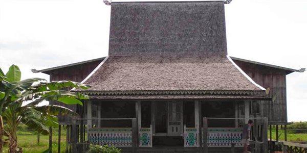 Nama Rumah Adat Kalimantan Selatan ( Rumah Banjar ) Dan Jenis Jenisnya