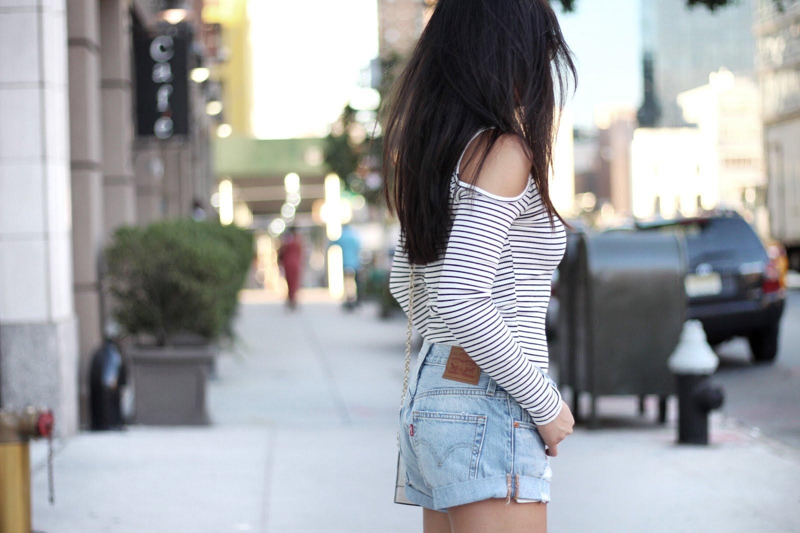 Striped cut out shoulder Levi's shorts