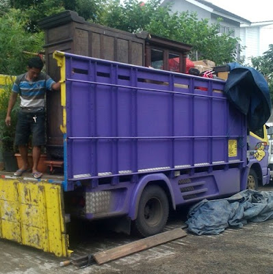Sewa truk Surabaya Bandung