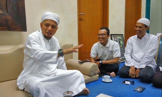 Ingin Berpoligami? Berikut Nasehat Indah Ustadz Arifin Ilham