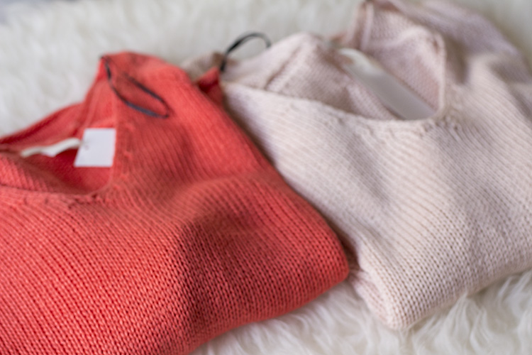 h&m knit sweater in coral and light pink