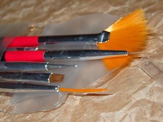 Pinceles para hacer diseños de nail art