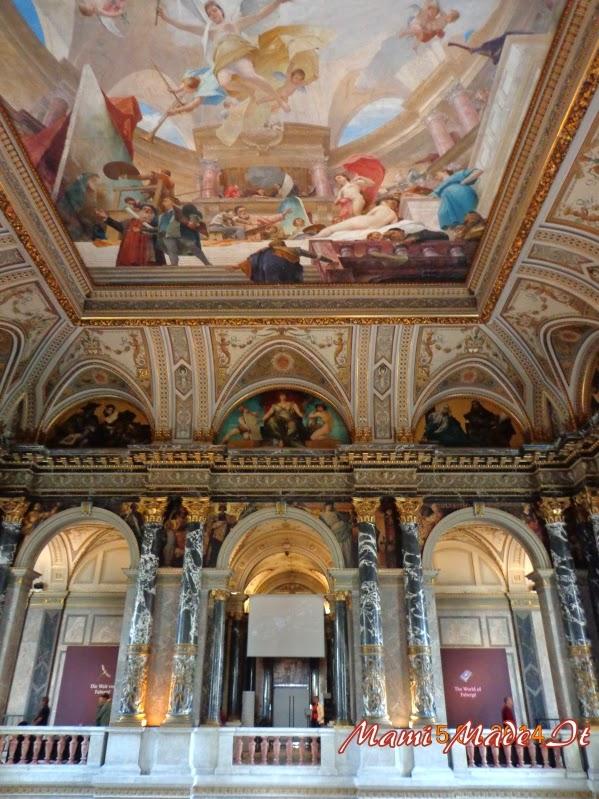stairway artmuseum Vienna