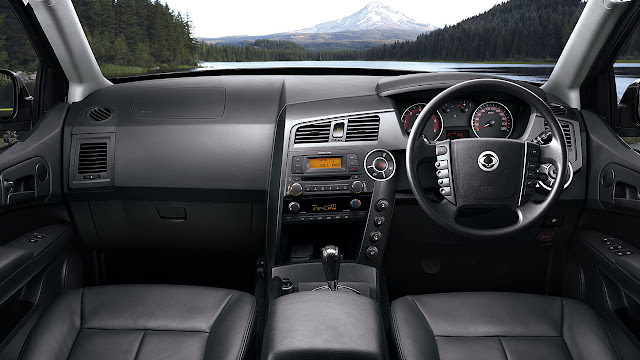 Ssangyong Korando Sports interior