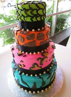 gambar kue ulang tahun 4 tingkat sederhana
