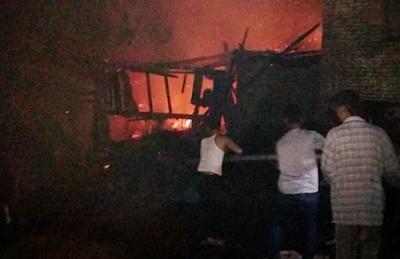 Gara-gara Lilin Rumah Saniyah Hangus Dilalap Api
