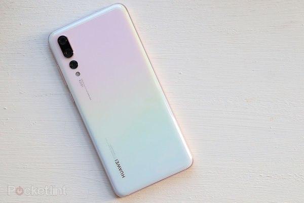 هواوي تكشف عن موعد تقديم هاتفها الجديد  Huawei P30