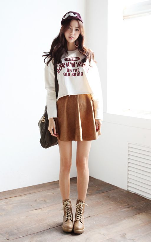 Excellent Ways to Wear Mini Skirts