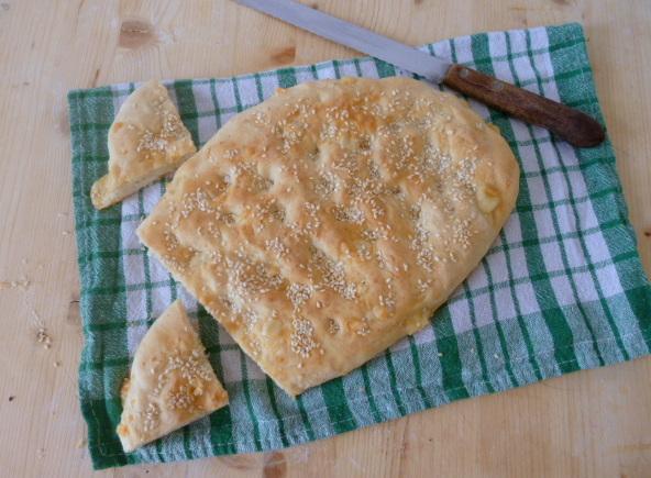 pane al formaggio di Paros
